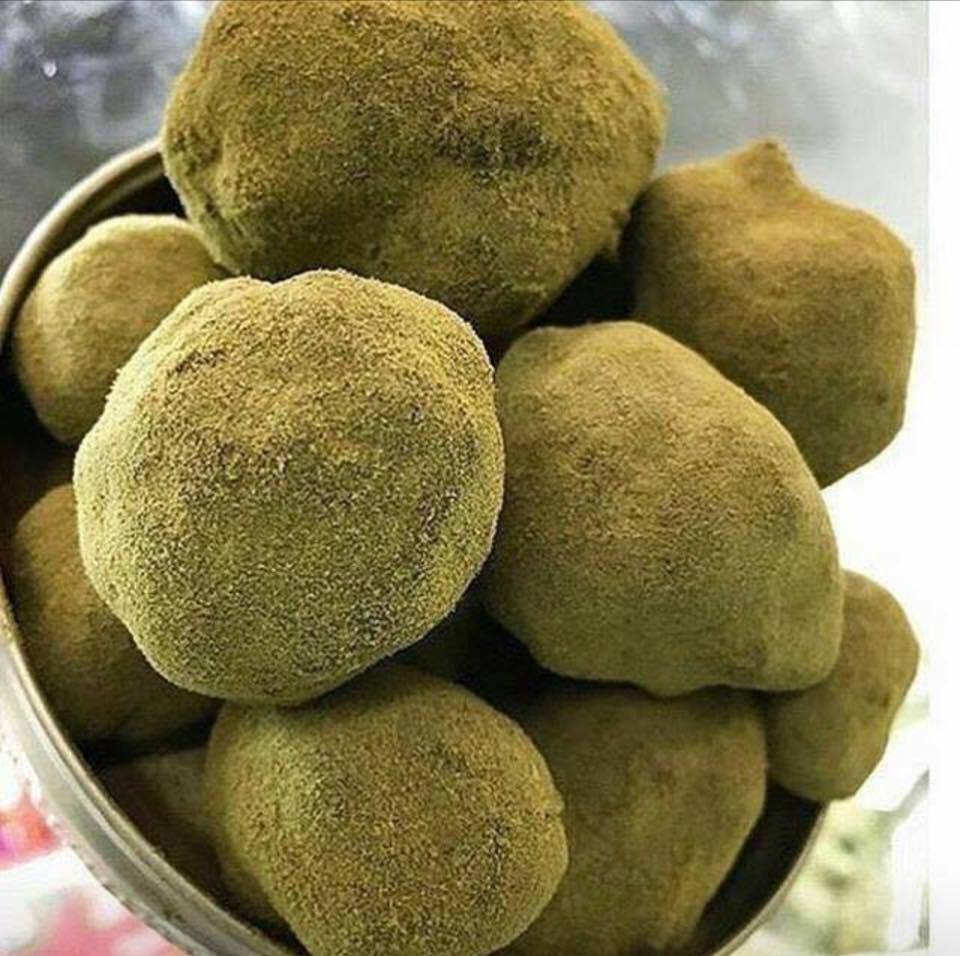 all about moon rocks